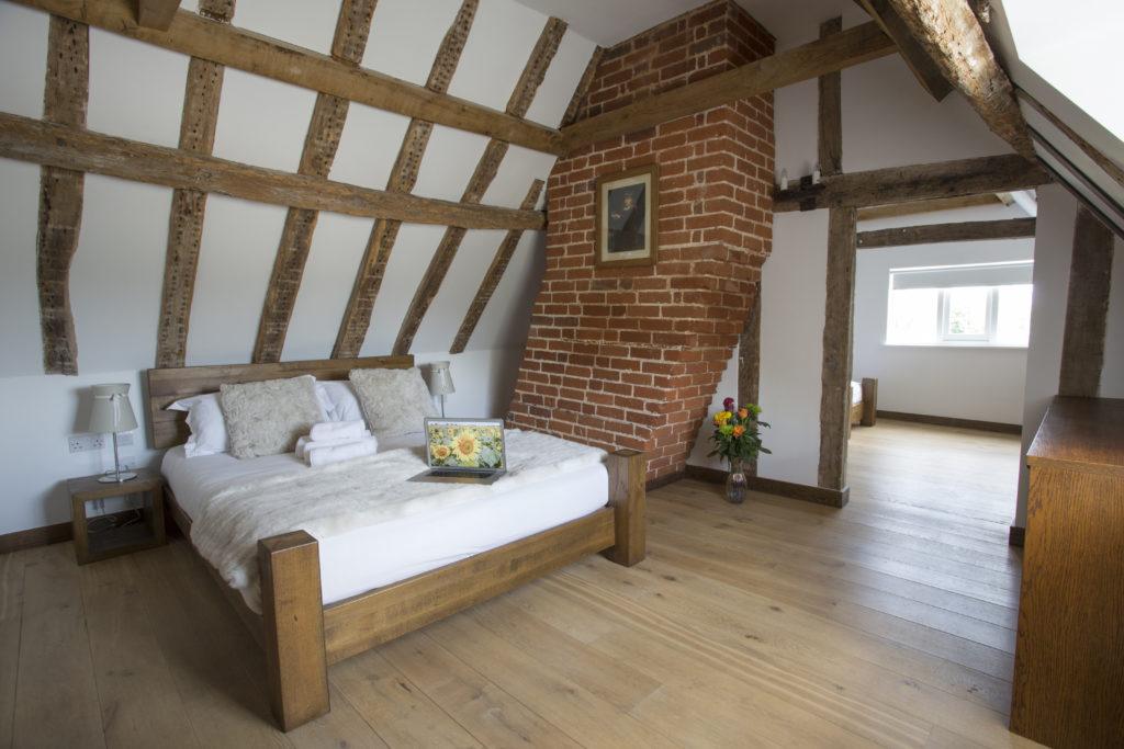 Hotel Room Bury Lodge